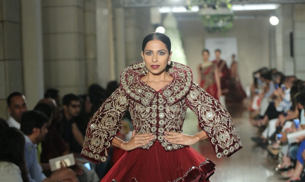 Manav Gangwani FDCI India Couture Week 2016 Textile Craft