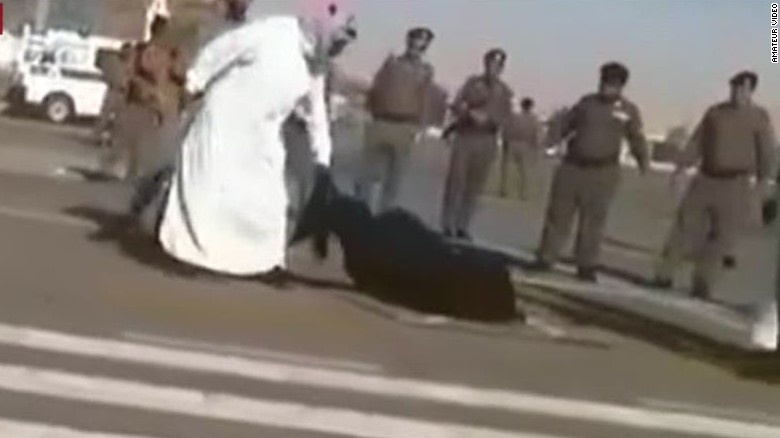 Woman executed in Saudi Arabian streets