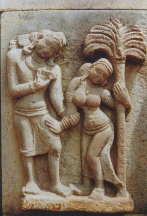 Depiction of costumes of man and woman from Eastern Chalukya sculpture, Alampur